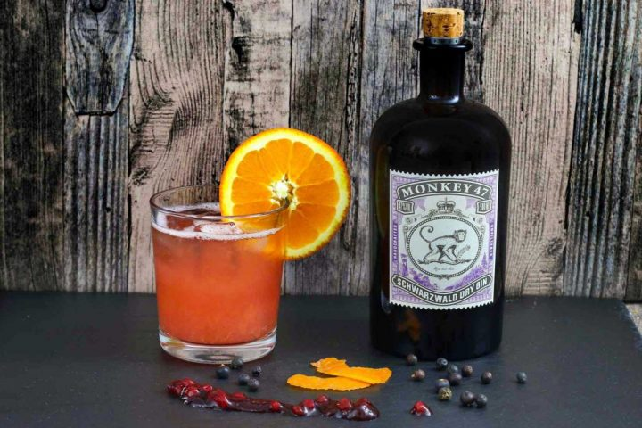 monkey 47 gin with berries